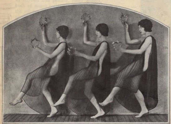 Soichi Sunami  Martha Graham dancers performing Satie's Gnossienne Danse Languide   , 1927