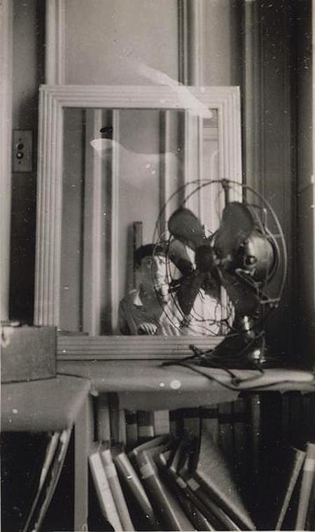 Dora Maar, Autoportrait au ventilateur, 1930s
