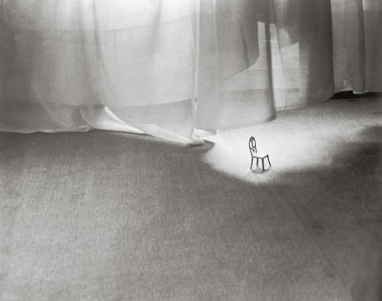 Dora Maar (Henriette Markovitch, dit), Chaise miniature, circa 1934, © ADAGP, Paris, 2009