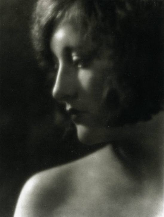 Joan Crawford by Clarence Sinclair Bull, 1925