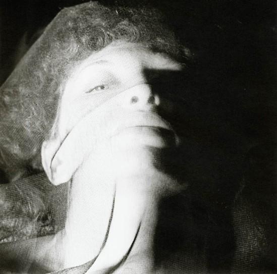 Alexander ( Hammid) Hackenschmied - Maya Deren, 1940