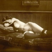 George Hendrik Breitner Lying naked. Gelatin silver print, printed in sepia
