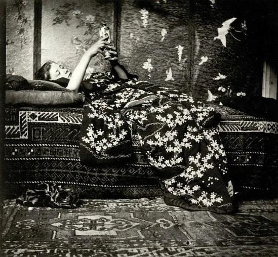 George Hendrik Breitner Meisje in kimono (Geesje Kwak), 1893. Gelatin silver print