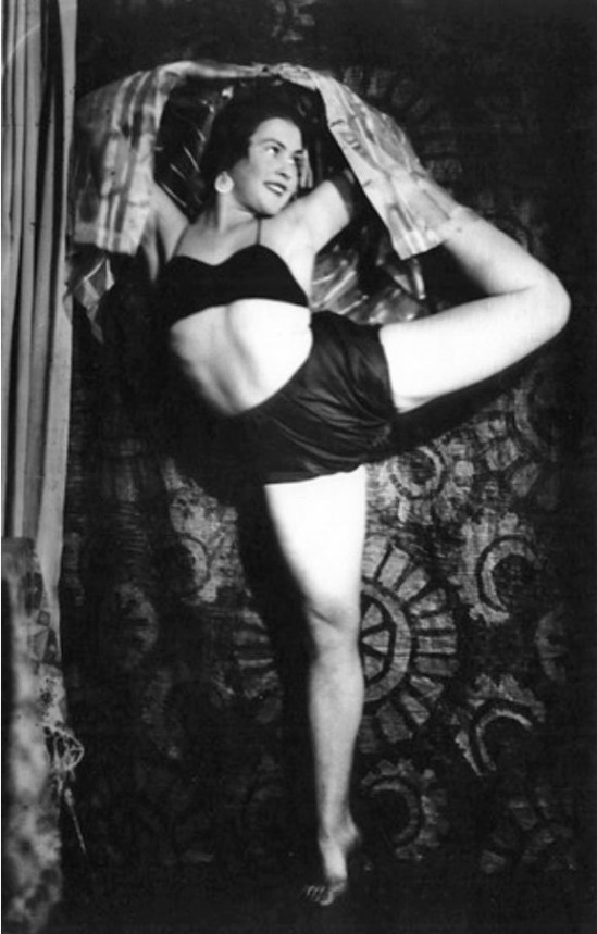 Alexander Danilovich Grinberg - , Ballet dancer Maria Pechananya, 1926