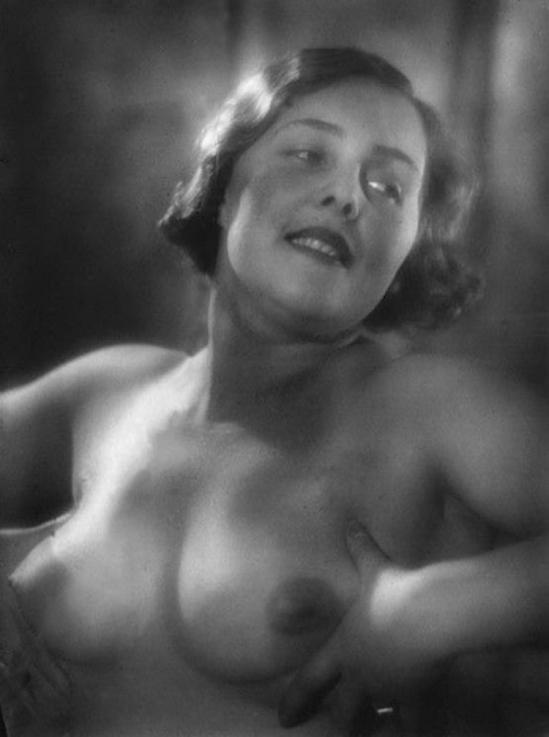 Alexander Danilovich Grinberg - nude Nataliya Grinberg, 1925s
