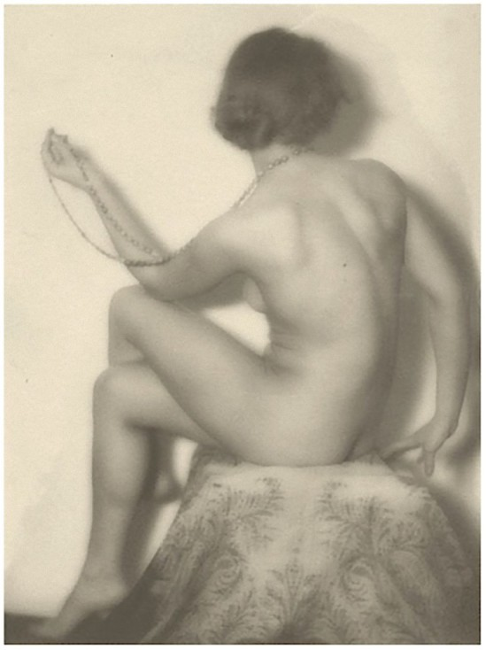 Alexander Danilovich Grinberg - Nude with Beads, 1928