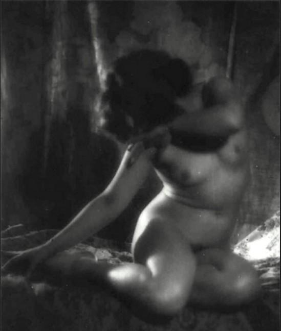 Alexander Danilovich Grinberg- Study of nude, Maria Peschanaya, 1920s 1_e