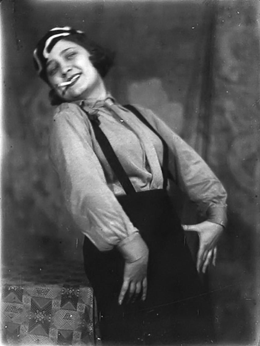 Alexander Danilovich Grinberg -Tamara Lavrova, -Actress The theatre of meyerhold, 1920