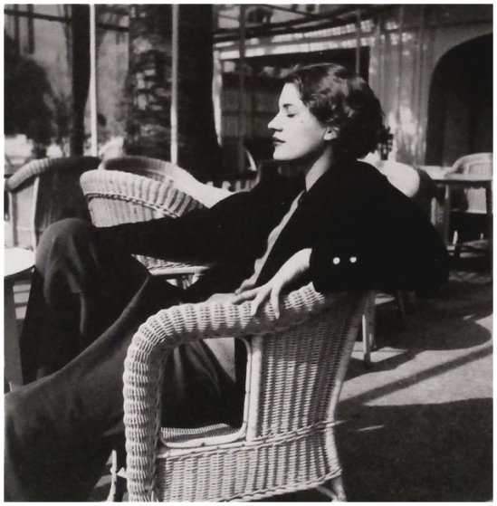 Man Ray – Lee Miller, Juan les Pins, Antibes, France, 1930 © Man Ray Trust © ADAGP