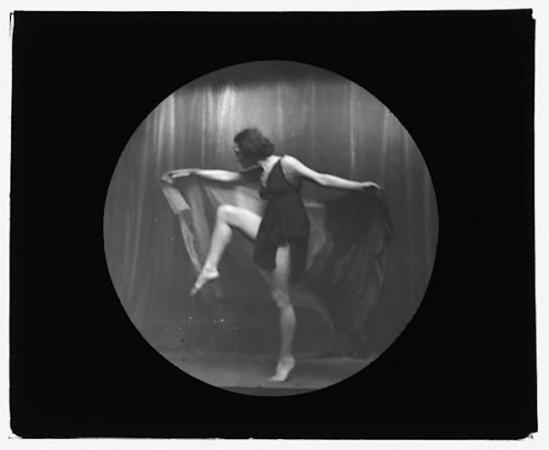 Arnold Genthe -Isadora Duncan ,1910s
