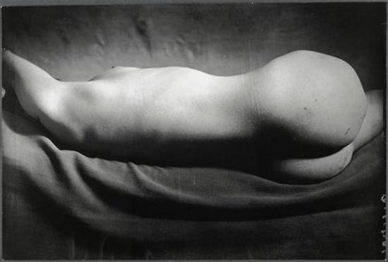 Brassaï - Nu #  116, 1934