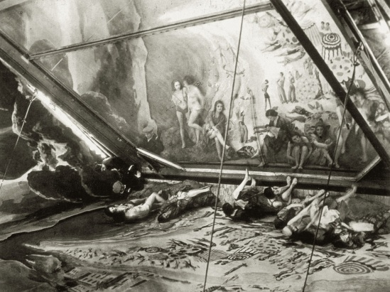Brassai (Ghula Halasz,1899-1984)-.Juan-les-pins, Folies Bergere, 1932