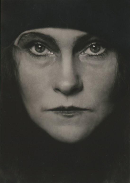 Fleischmann - Die Tänzerin Mila Cirul, Wien , 1935