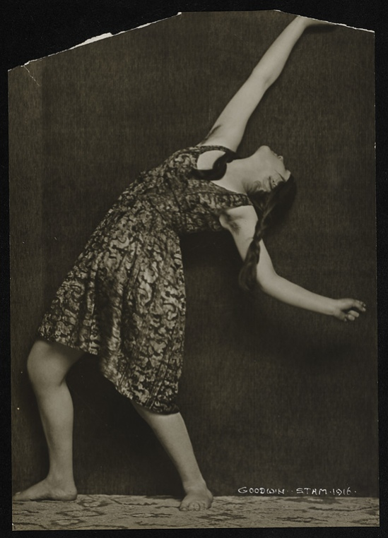 Henry Buergel Goodwin- Dancer, 1916