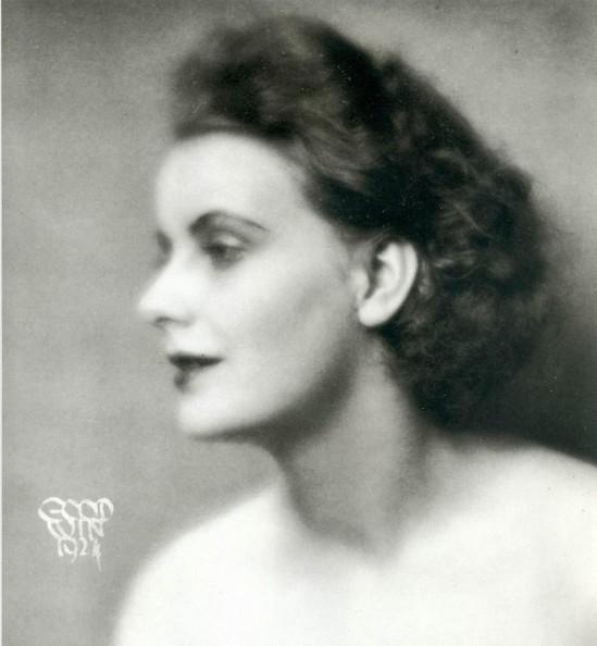 Henry Buergel Goodwin- Greta Garbo,, 1924,