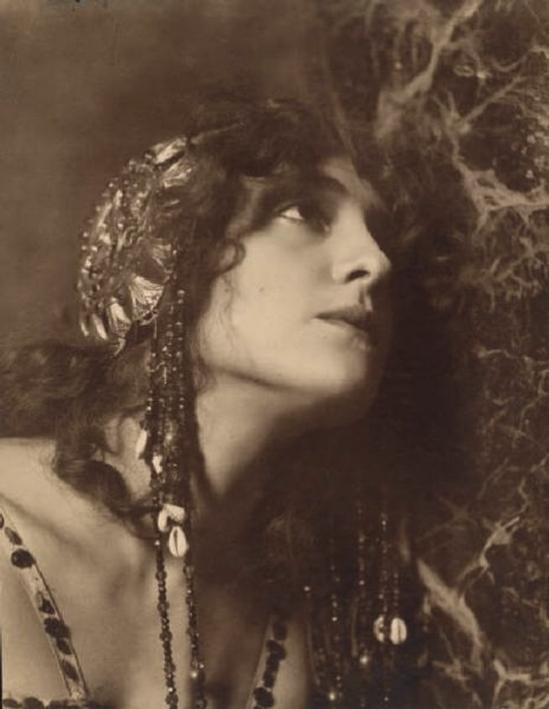 Lyda Borelli by Emilio Sommarive, 1911