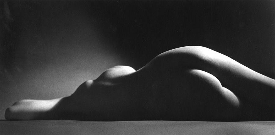 Ruth Bernhard - Sand Dune, 1967