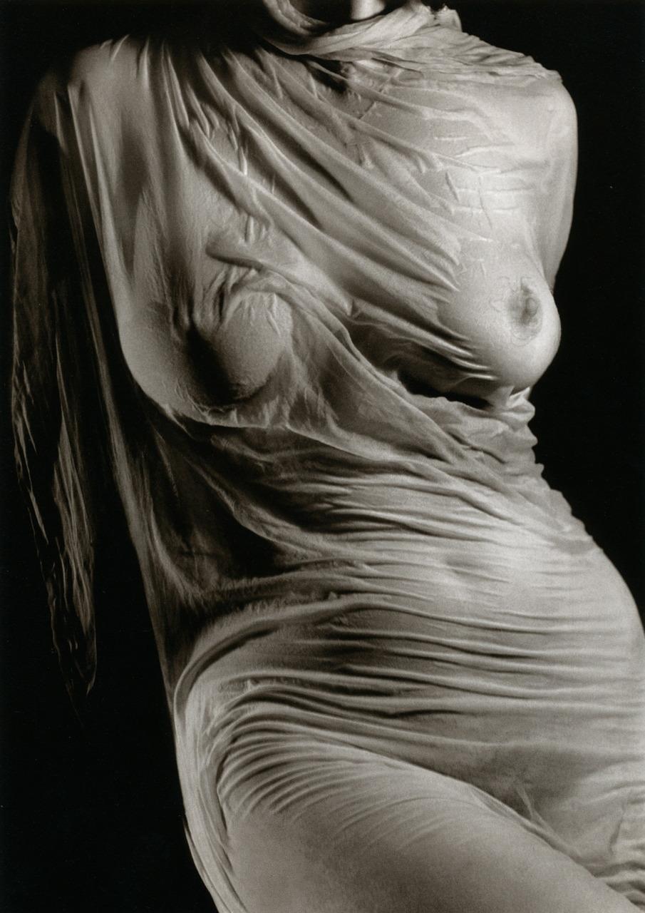 Ruth Bernhard- Wet Silk, 1938