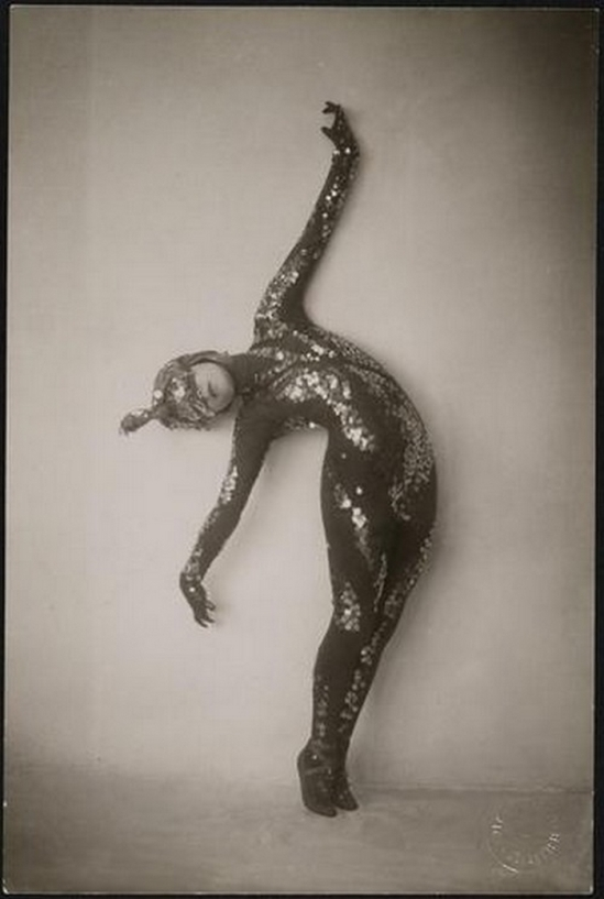 Trude Fleischmann - The dancer Tilly Losch, Vienna, 1922-25