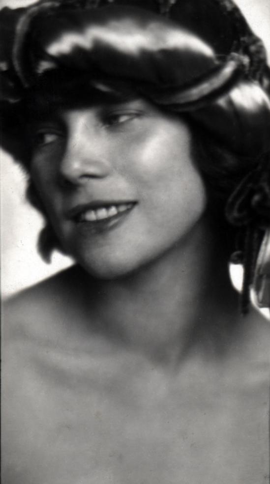 Trude Fleischmann- Tilly Losch ca.1925