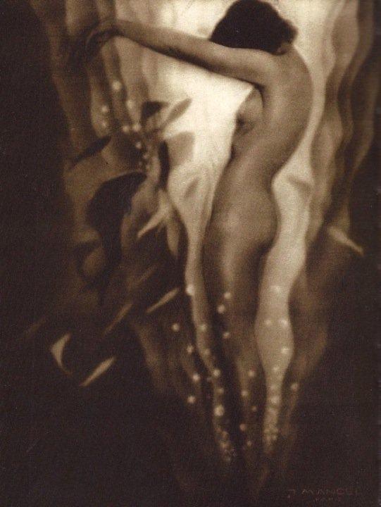 Julian Mandel - Nu Fantastique, 1932
