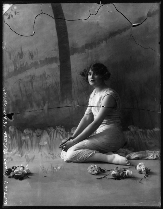 Alexander Bassano - Gabrielle Ray,  1911