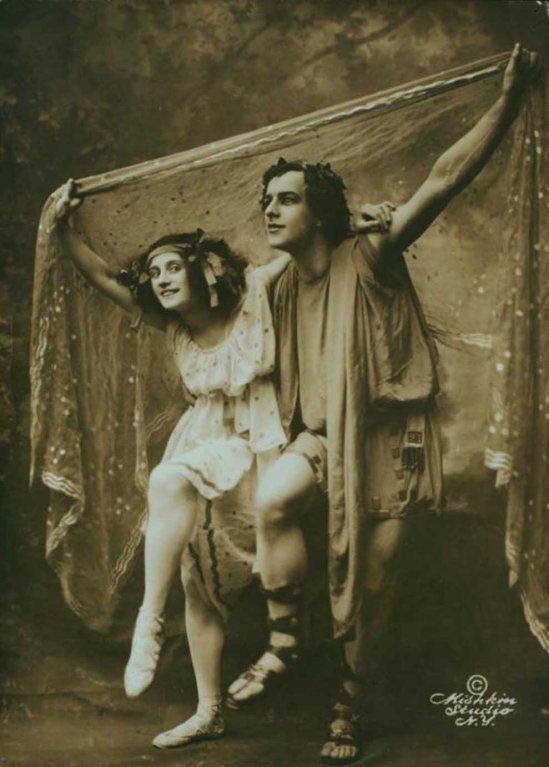 Mishkin Studio- Anna Pavlova and Mikhail Mordkin in Automne bacchanale , 1910 3