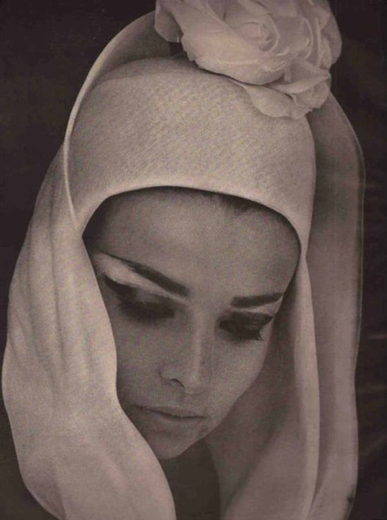 Saul Leiter- Fashion Editorial,  1962