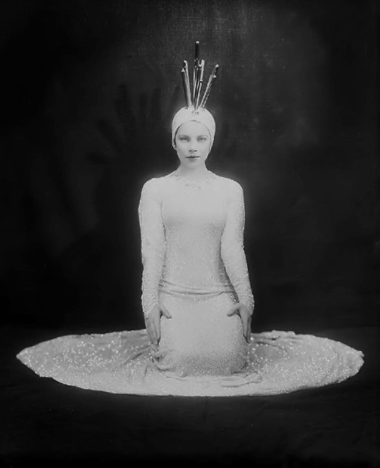 Florence Vandamm (Vandamm Studio) -Tilly Losch in costume of The Band Wagon ,at New Amsterdam Theatre, 1931
