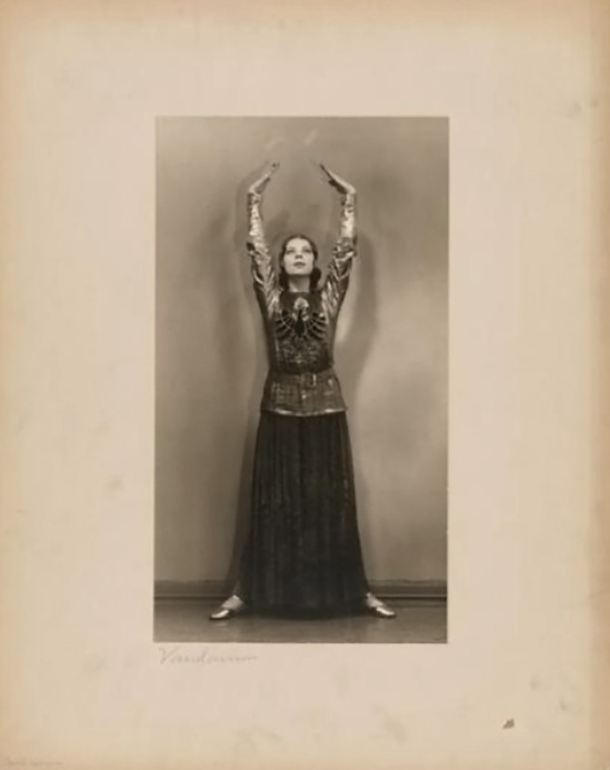 Florence Vandamm (Vandamm Studio) -Tilly Losch in costume of The Band Wagon Costume by Kiviette at New Amsterdam Theatre, 1931.