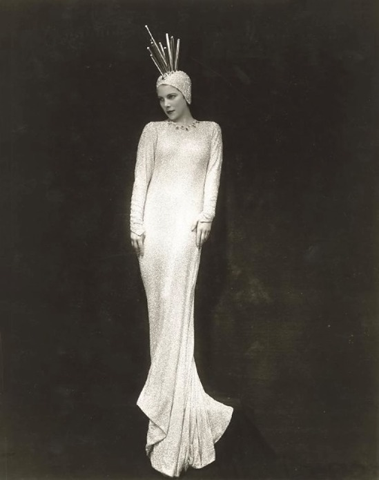 Florence Vandramm (Vandamm Studio) -Tilly Losch, in The Band Wagon (Costume designed by Constance Ripley. A Howard Dietz-Arthur's musical revue Schwart, 1931