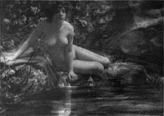 Français Nu au bord de l'eau