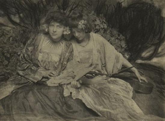 Frank Eugene - The Misses Ide in Samoa , 1908