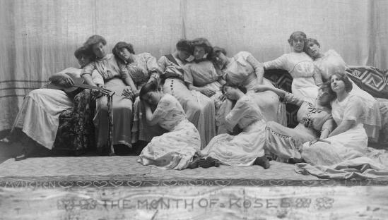 Frank Eugene - Misses Weaver H. Patties' School for Girls, Munich, Germany, 1912