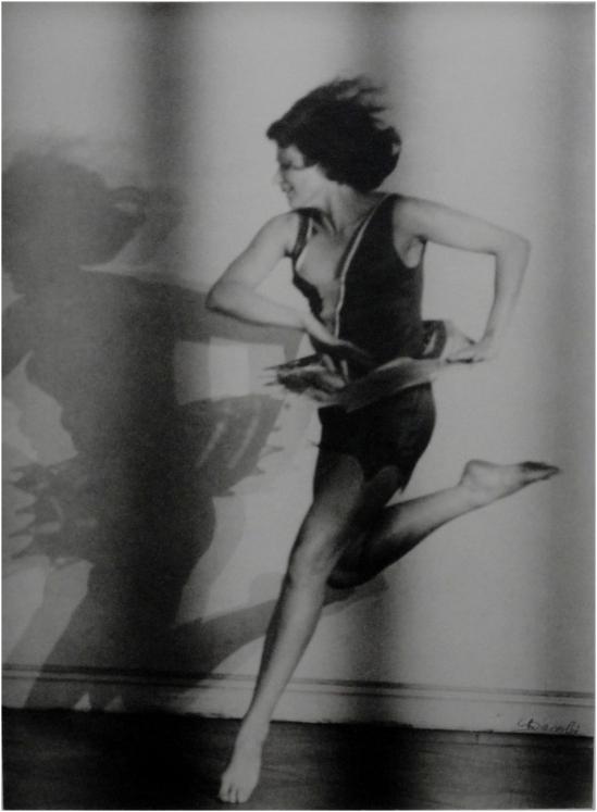 Lotte Jacobi La danseuse Claire Bauroff, Berlin, 1928.