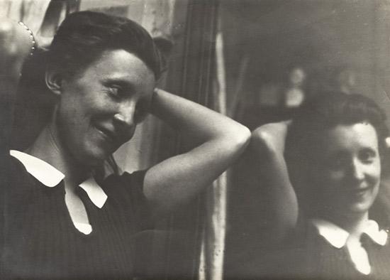 Louise Bourgeois photographed by Brassaï at the Académie de la Grande-Chaumière in Paris in 1937