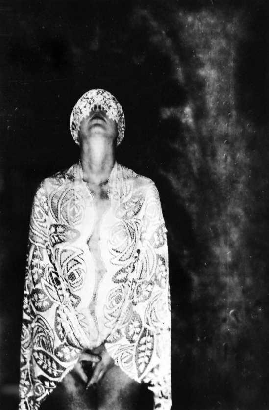 Marta Astfalck Vietz-Self portrait standing nude in black halo, 1930s