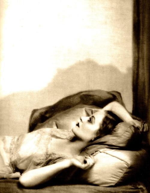 Dorothy Wilding- Tallulah Bankhead, 1930