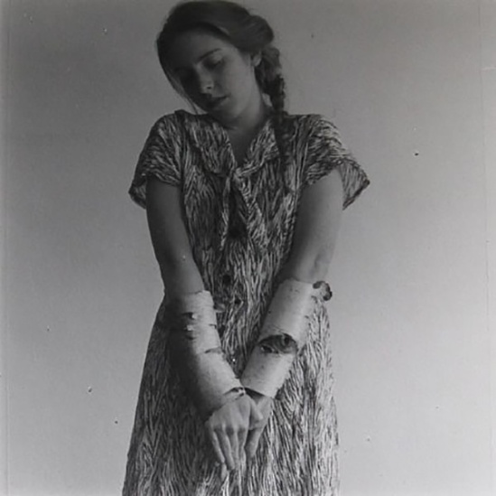 Francesca Woodman- Untitled, MacDowell Colony, Peterborough, NH 1980   (Galerie James Hyman)