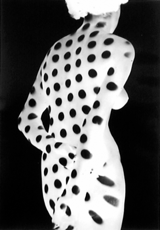 Heinrich Heidersberger- Kleid aus light, ( Robe de lumière), 1949