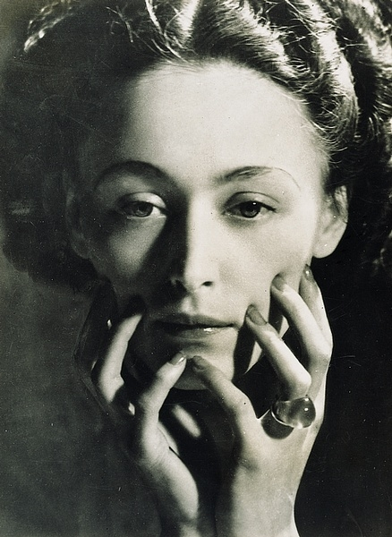 Man Ray- Nush Eluard Le temps déborde , 1947 par Paul Eluard - Photographies Dora Maar & Man Ray. Ed° es Cahiers d'Art, Paris 1