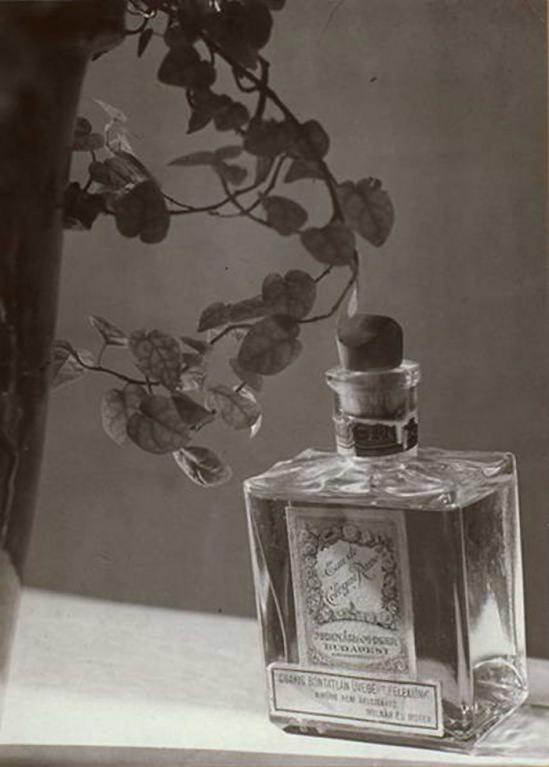 Máté Olga Kölnivíz reklám Eau de toilette advertisement 1920