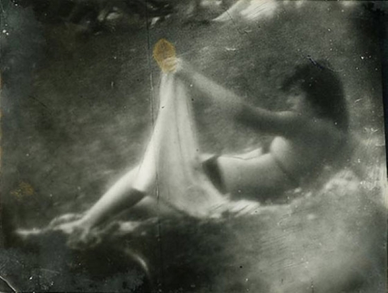 Miroslav Tichý - Ohne Titel, 1979 Courtesy of Christophe Guye Galerie, Zürich