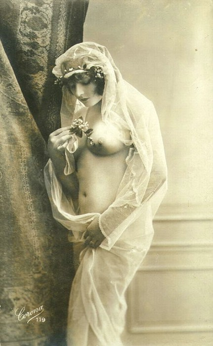 Studio Coronna - Untitled- Nude with veil, Paris french postcard , 1920s