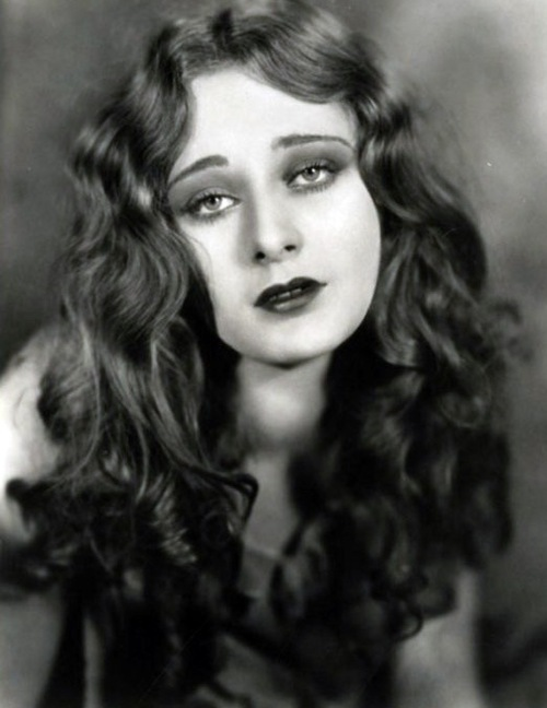Photographer unknown- portrait of Dolores Costello - c. 1920s
