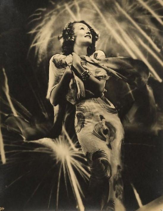 Elio Luxardo – Girandole di fuoco, (Laura Nucci), 1939