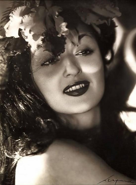 Elio Luxardo- L'attrice Marisa Maresca,1955