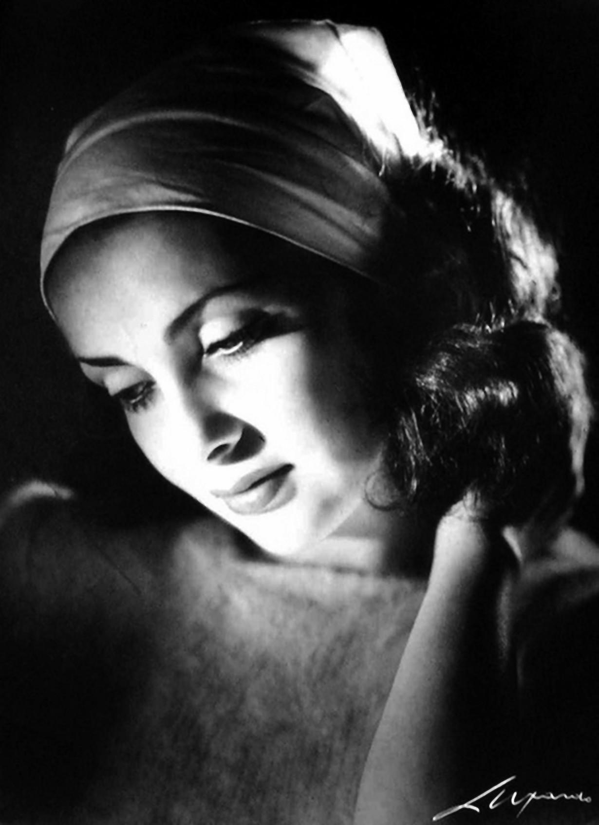 Elio Luxardo - Portrait of the photographer Ghitta Carell, 1955