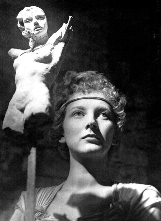Elio Luxardo- Valentina Cortese, 1950