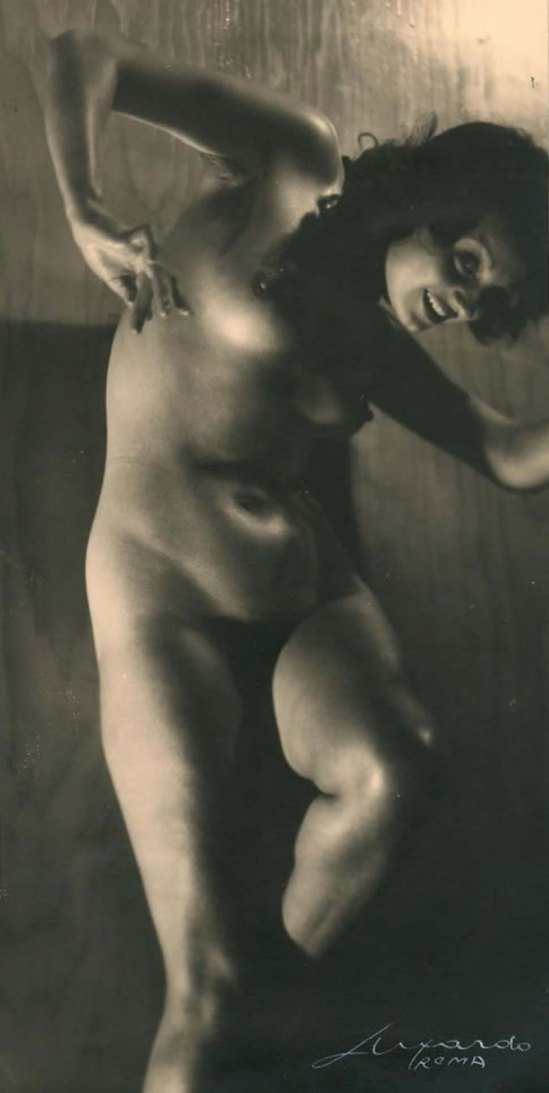 Elio Luxardo-Nudo femminile N. 3 - 1935
